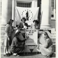 Students selling war bonds